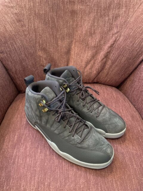 low priced 62aed a1c12 Nike Mens Air Jordan 12 Retro Size 8 Dark Grey Wolf Gray Suede 130690 005