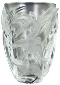 Lalique-Crystal-Martinets-Frosted-Glass-Flower-Vase-Swallows-Signed-10-034