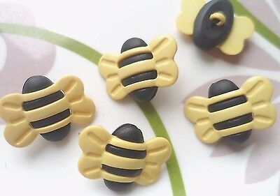 15pcs Novelty Button Bee Craft Sew Scrapbooking Cardmaking Yellow 25mm*20mm