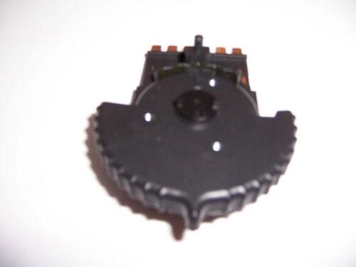 GM Original Equipment 15-50490 HVAC Blower Motor Switch 16139165 1991-94 Saturn