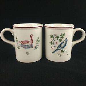 Set-of-2-VTG-Mugs-by-Johnson-Brothers-TWELVE-DAYS-OF-CHRISTMAS-Coffee-England