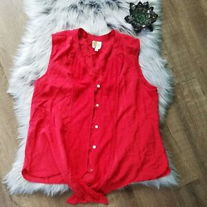 Anthropologie-Fig-amp-Flower-Sleeveless-Tie-Front-Solid-Red-Lace-Button-Down-Large