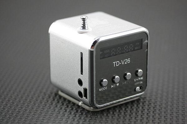 Silver Cube fad design portable radio small audio MP3 Walkman music player AUAT