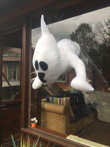 Halloween window crashing Stick on Lifesized Casper Friendly Ghost Busters NEW