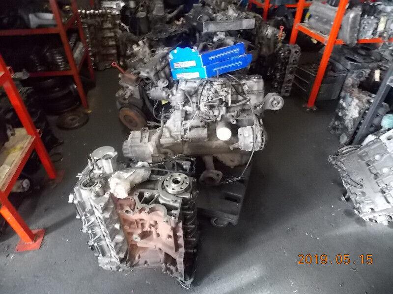 Mercedez benz Block 300DC Complete engine & gearbox R 4500
