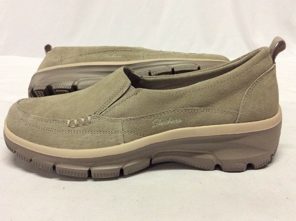 SKECHERS Relaxed Fit Athletics Women's shoes, Tan Size 6 ....S35
