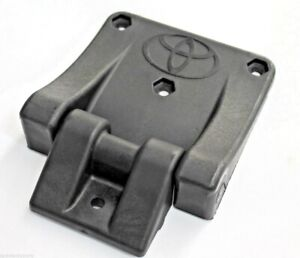 TOYOTA-HILUX-ALLOY-TRAY-HINGE-KIT-FROM-SEPT-11-gt-PLASTIC-INC-FITTINGS-NEW-GENUINE
