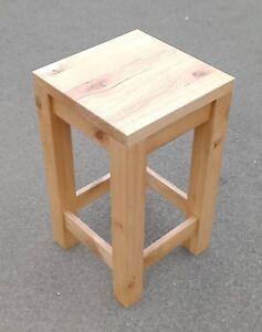 Holztisch, Beistelltisch Wildeiche massiv. Maße: 40x40x70cm.  Massanfertigung !