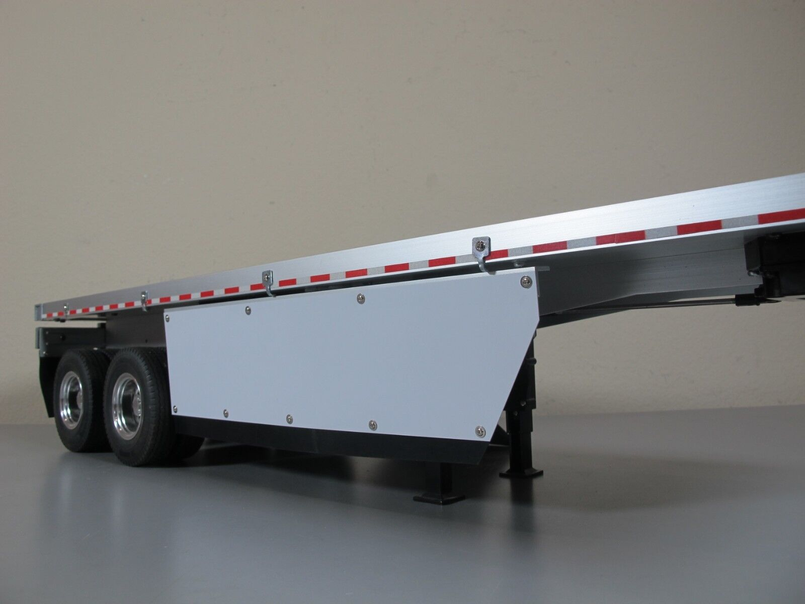 Spoiler Side Mount protection guards  Tamiya R/C 1/14 Tractor Flatbed Trailer
