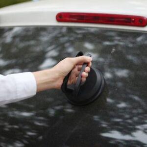 Riapra la carrozzeria della tua auto da piccoli bozzi in modo veloce e economico
