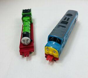 Thomas-The-Tank-Engine-Figure-Spamcan-And-Henry-The-da-collezione-del-motore-Green