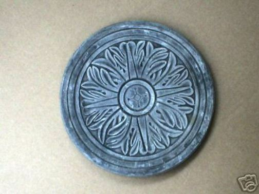 """Path stone 1//8th/"""" poly plastic paver mold 16/"""" x 2/"""" thick cast 100/'s of stones"""