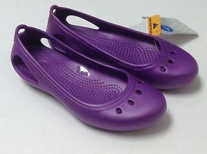 crocs 9 11