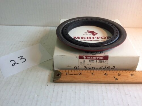 Rockwell 5330-01-360-5252 A1205R2254 Seal Meritor