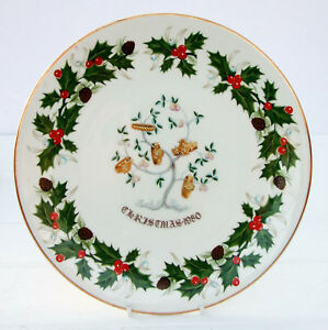 Vintage-Royal-Grafton-Bone-China-Twelve-Days-of-Christmas-Plate-1980-Gold-Rings