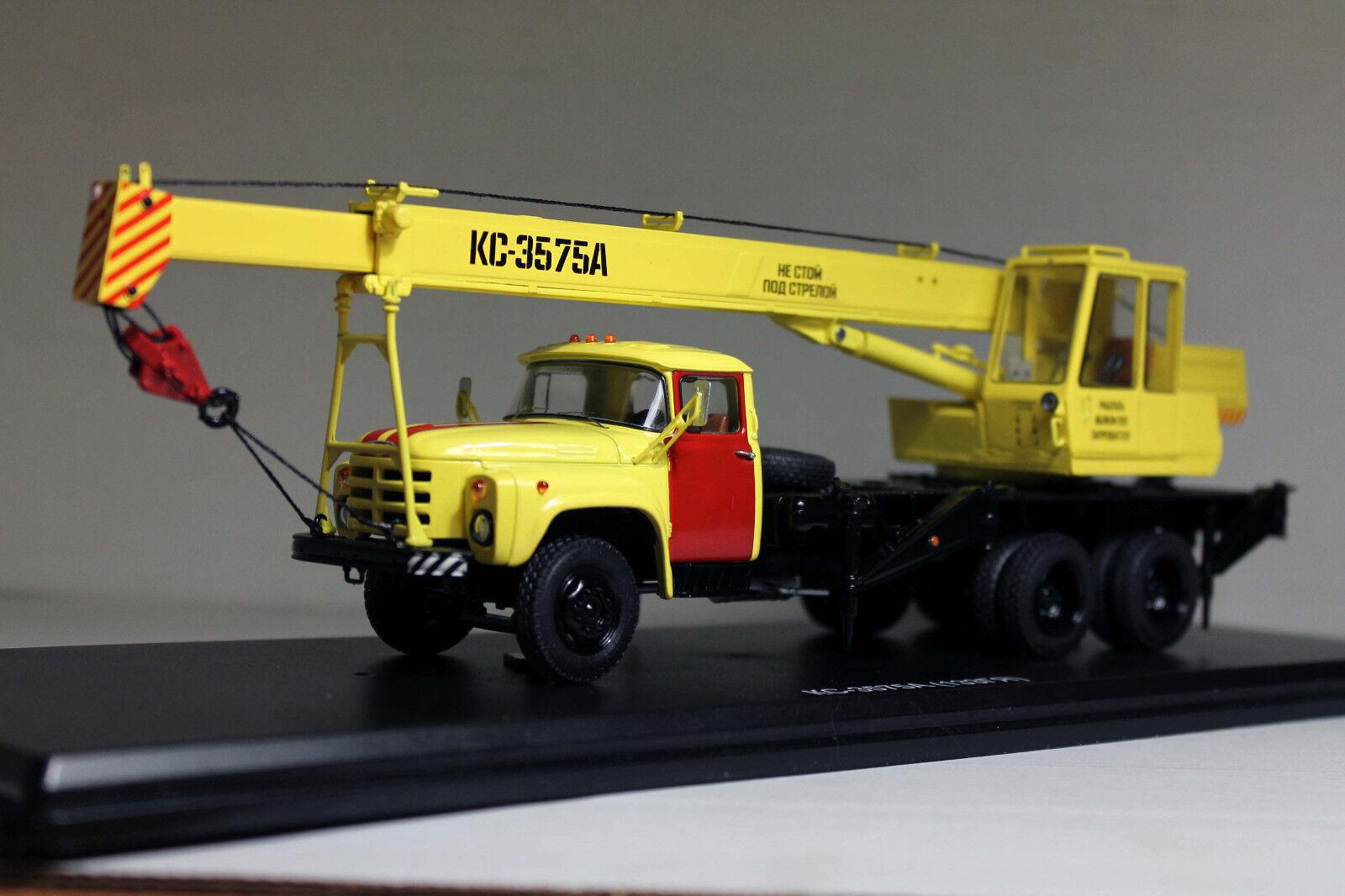 1 43 grue KS-3575A (ZiL-133GYa) service d'urgence SSM1110