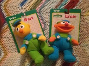 Tyco-Sesame-Street-Baby-Bert-amp-Ernie-Toys-Still-Tagged