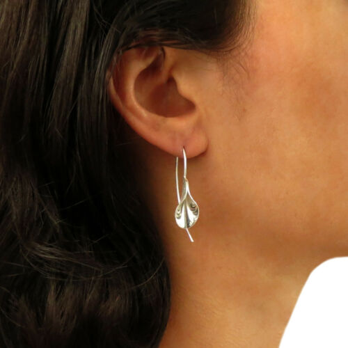 Calla Lily Flower 925 Sterling Silver Threader Drop Earrings