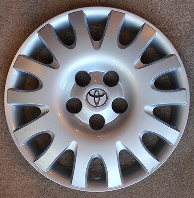 "NEW Camry hubcap 02 03 04 05 06 Toyota original equipment 16"" wheel cover"