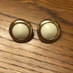 Boutons-bijoux-vintage-metal-dore-Buttons-vintage-golden-metal-jewelry