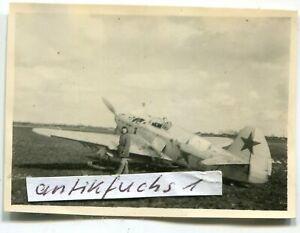 Foto-2 : Jagd-Flugzeug aus Rußland mit Gleitkufen bei Prischib / Ukraine im 2.WK
