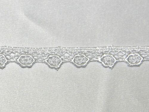 ET227\WHT-M Essential Trimmings Floral Guipure Lace Trimming
