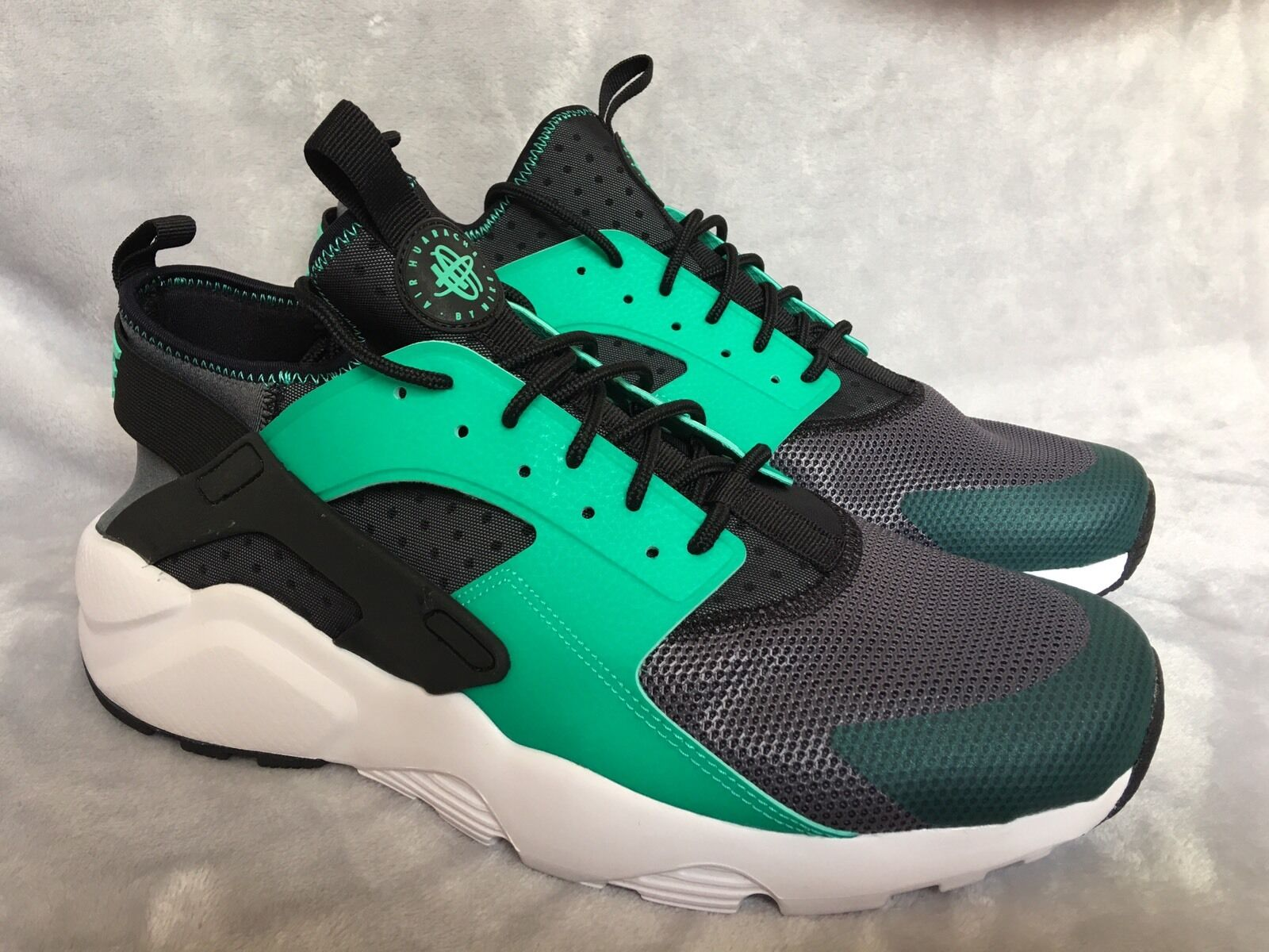 Nike Air Huarache Running Shoes Training Green Black 819685 003 Mens Size 13