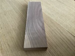 🌳Solid Walnut Hardwood Planed Timber Offcut 29 x 7.5 x 2.7cm Wood Projects 359