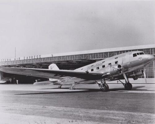 BLACK /& WHITE 8 X 10 WESTERN AIRLINES DOUGLAS DST PHOTO