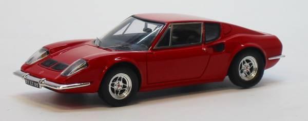 Ligier js  2 prougeotype rouge 1 43 model s0557 spark model  beaucoup de concessions