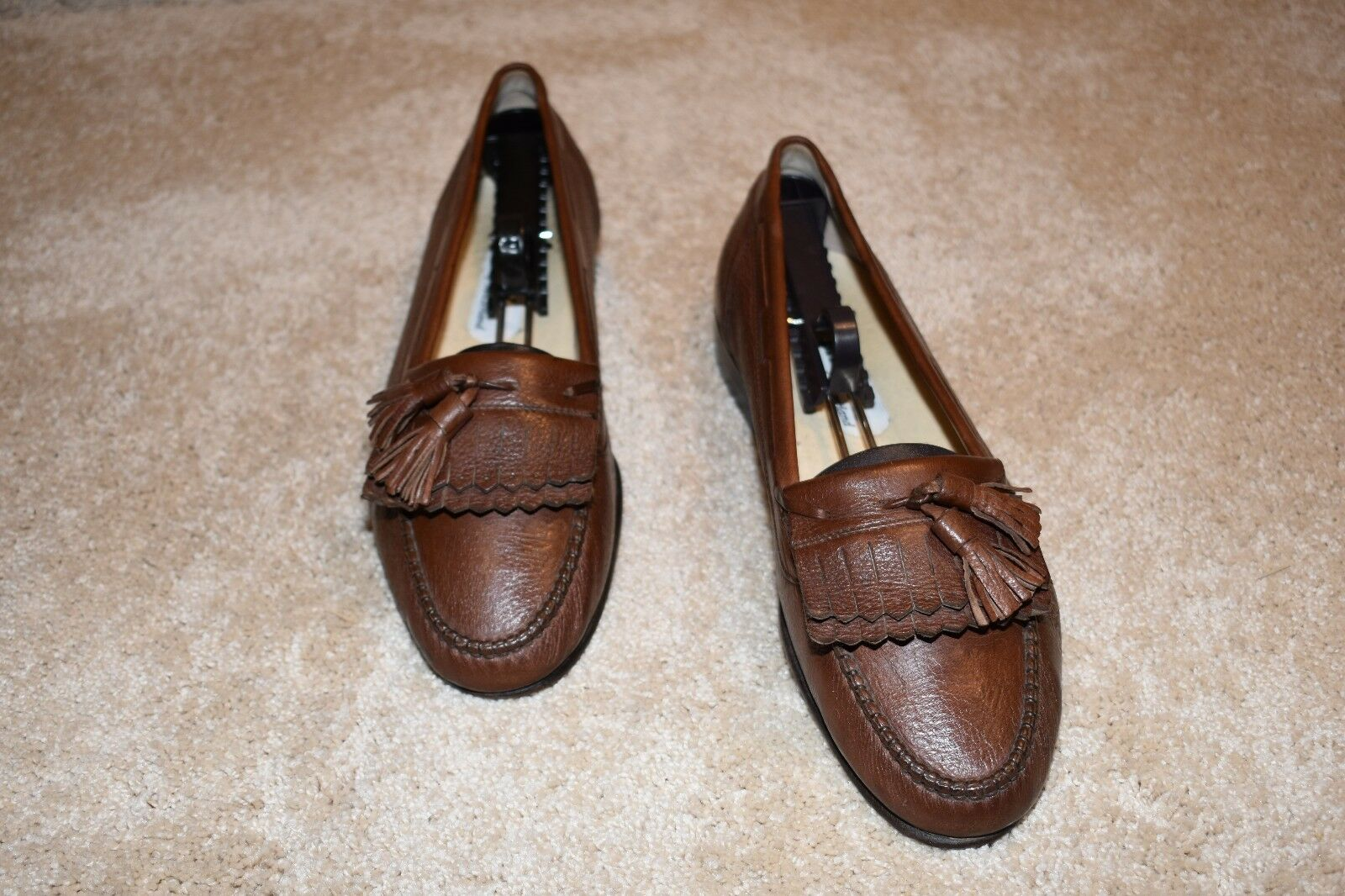 GORGEOUS BALLY LOAFERS 9 M