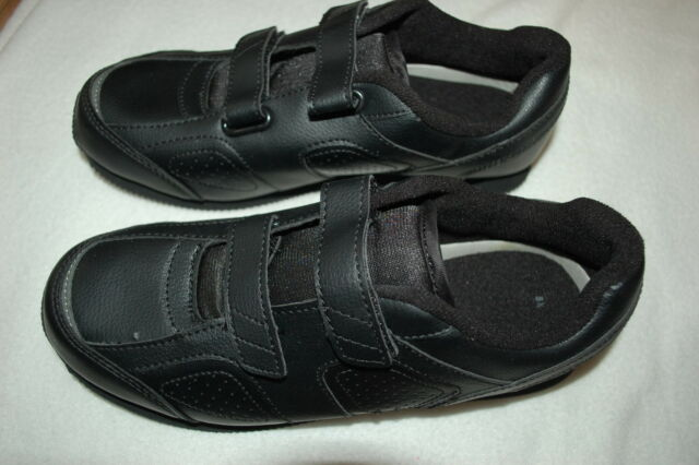 Womens SOLID BLACK CASUAL TENNIS SHOES