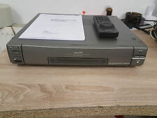 Sony Hi8 Recorder EV-C2000E mit Originaler FB/BDA  12 Monate Garantie*
