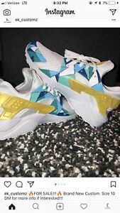 c8e6fd3cf595 Image is loading Nike-Air-Huaraches-Men-size-10-100-Authentic-