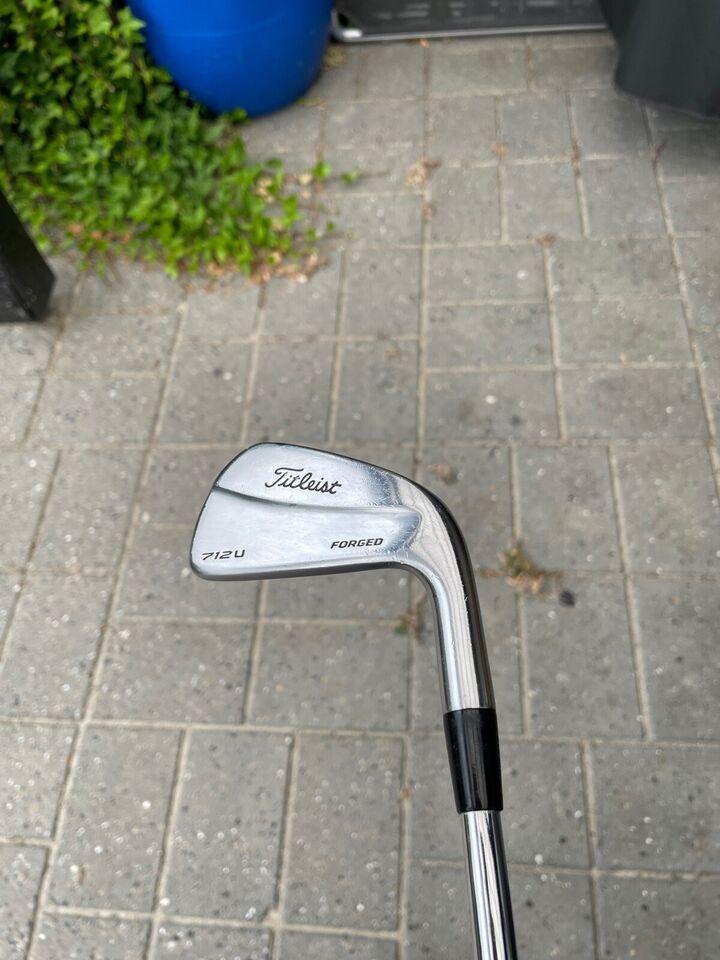 Stål golfjern, Titleist 712U