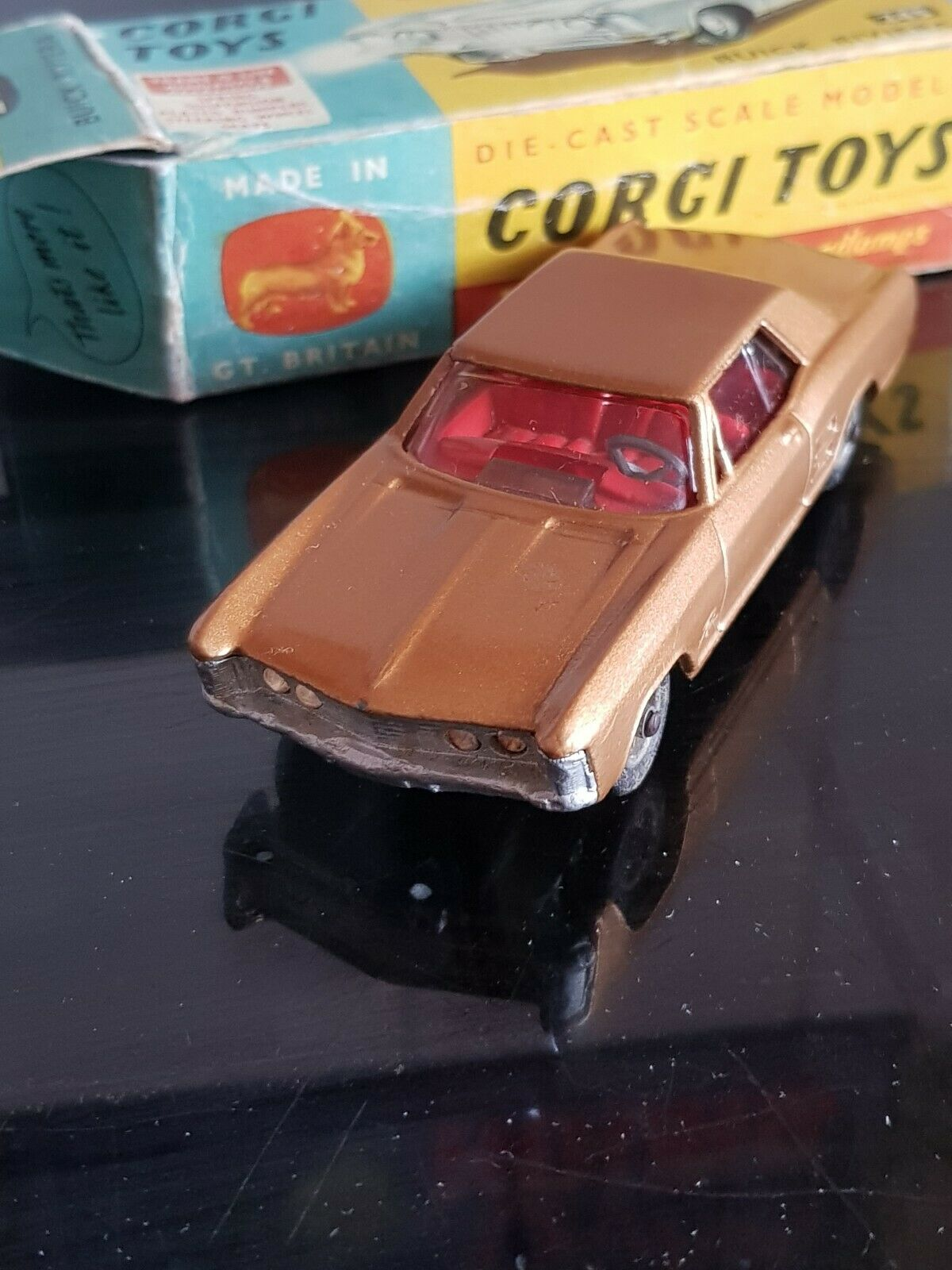 Vintage corgi Toys Buick Buick Buick Riviera Car gold Mint Condition Boxed 245 f7c
