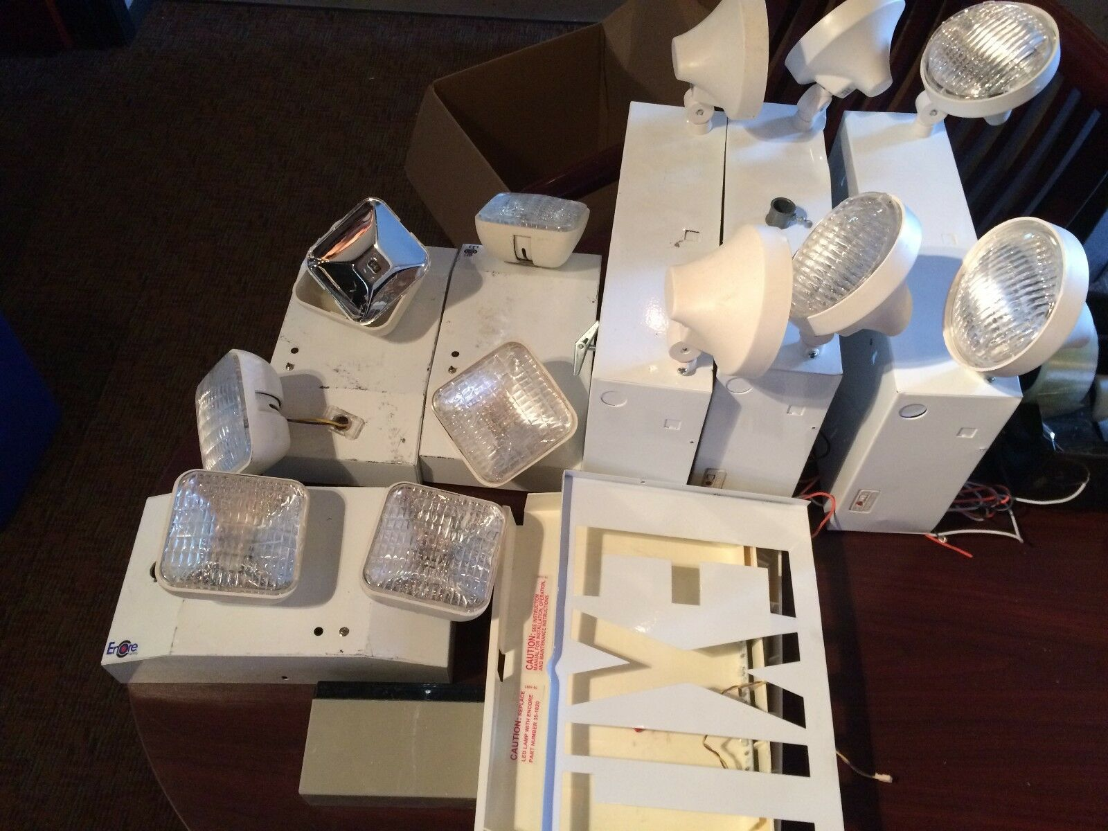 Details About Lot Of 3 Each Encore Lighting Elpq272ny And Lc82 Emergency Flood Lights Parts