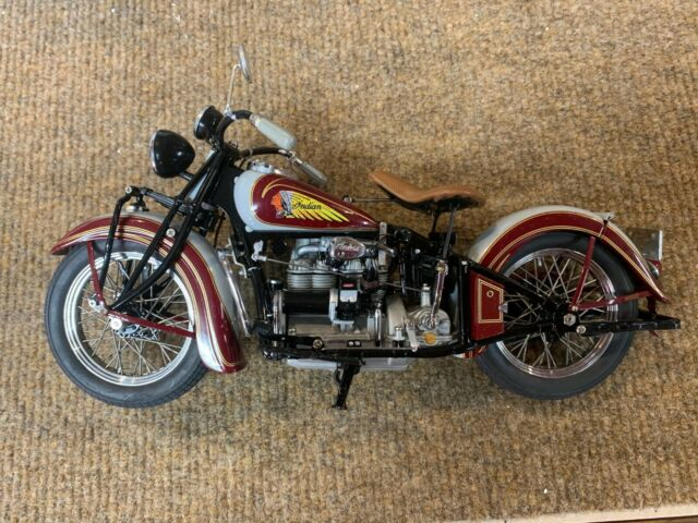 Danbury Mint 1 10 Scale 1938 Indian Four Motorcycle For Sale Online Ebay