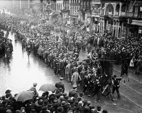 NEW YORK CITY LABOR DAY PARADE 1909 8x10 SILVER HALIDE PHOTO PRINT