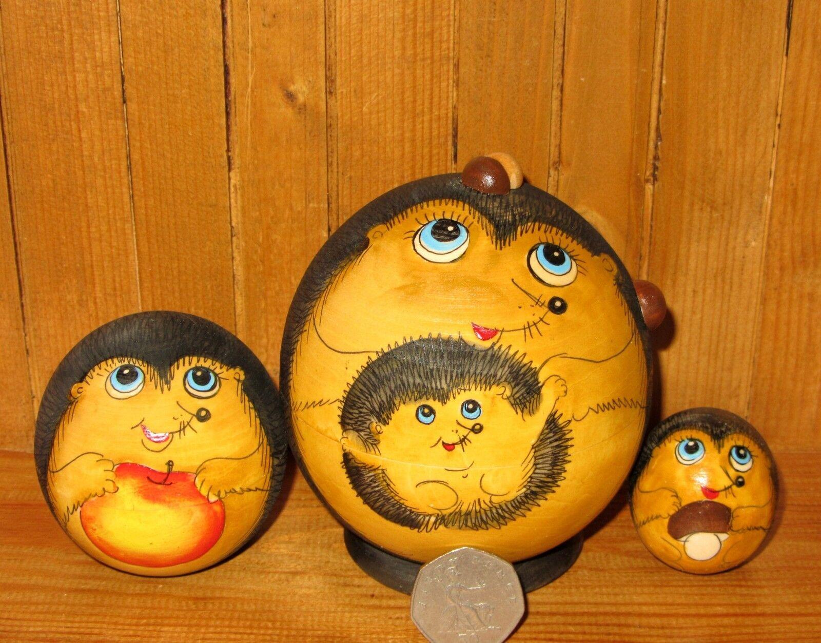 Nesting Russian Dolls Matryoshka Babushka 3 SMALL BALL Hedgehog Family