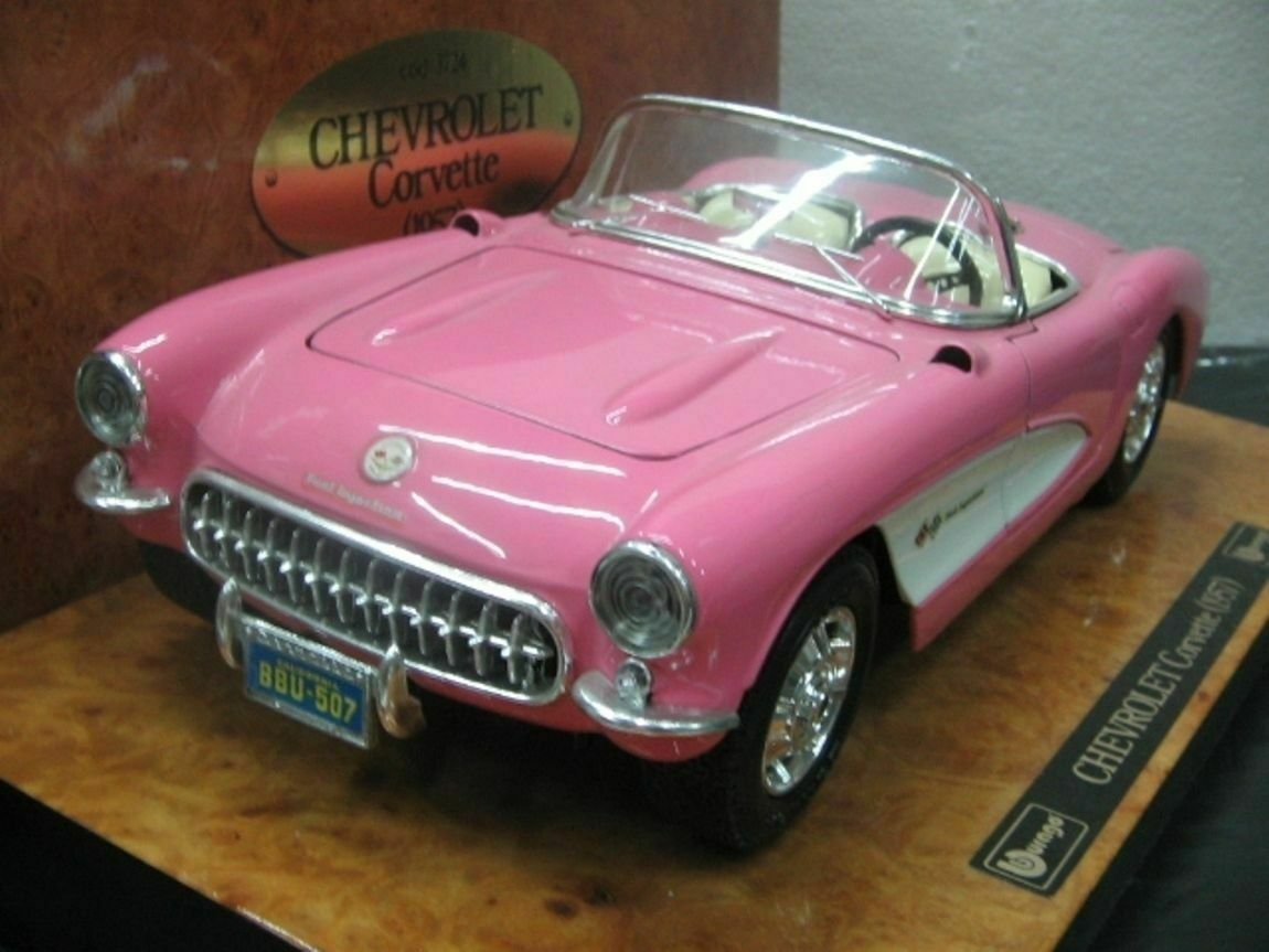 WOW EXTREMELY RARE Chevrolet Corvette 1957 Pink Pink Pink Wooden 1 18 B burago  Executive 61f64b