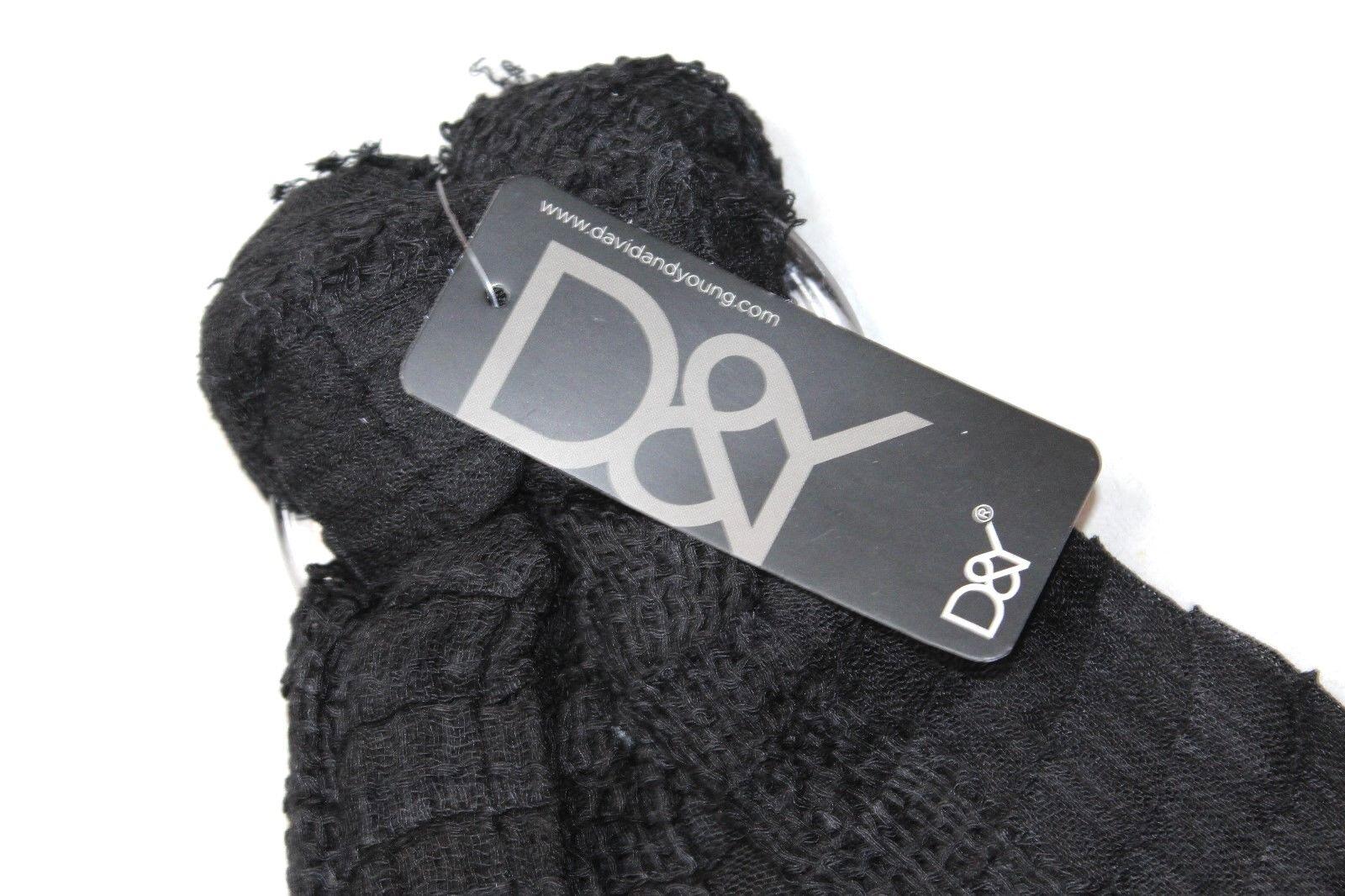 D/&Y Women/'s Solid Yarn Dye Waffle Crinkle Oblong Scarf Black New NWT