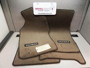 toyota tacoma xtracab oak carpet floor mats genuine oem oe ebay. Black Bedroom Furniture Sets. Home Design Ideas