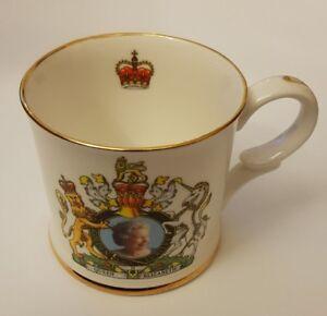 Commemorative-Mug-Queen-Elizabeth-II-Golden-Jubilee