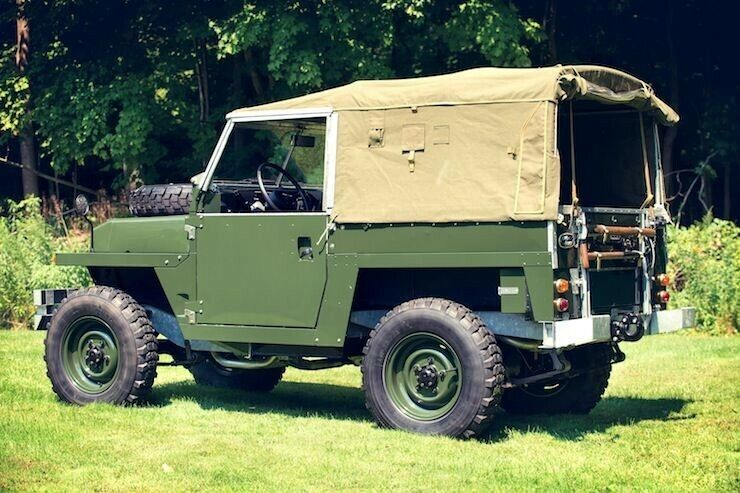 Land Rover Series 2a (IIA) set of 16 inch British Steel Wolf look a like Wheels Colour Green