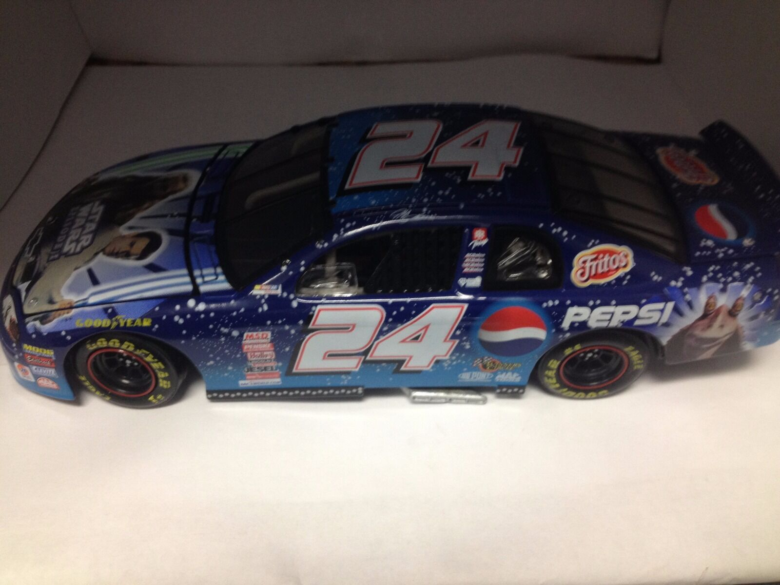 Action 1 24 scale diecast 1999 NASCAR  24 Jeff Gordon Star Wars Episode 1