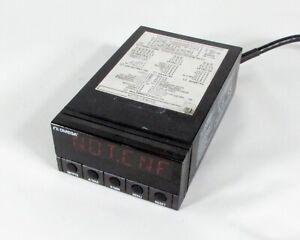 Omega-DP41-S-A-Tension-Calibrador-Indicador-para-Piezas