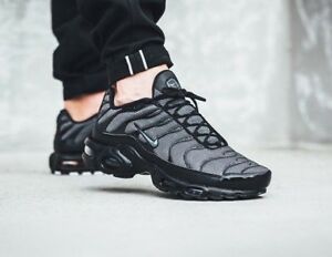 new concept 711ef 6a69c Nike Wmns Air Max Plus 605112050 Nero Taglia UK 5 EU 38.5 US 7.5 NUOVE -  mainstreetblytheville.org
