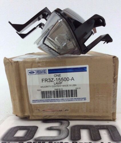 2015-2018 Ford Mustang Rear Backup Light Lamp Assembly new OEM FR3Z-15500-A