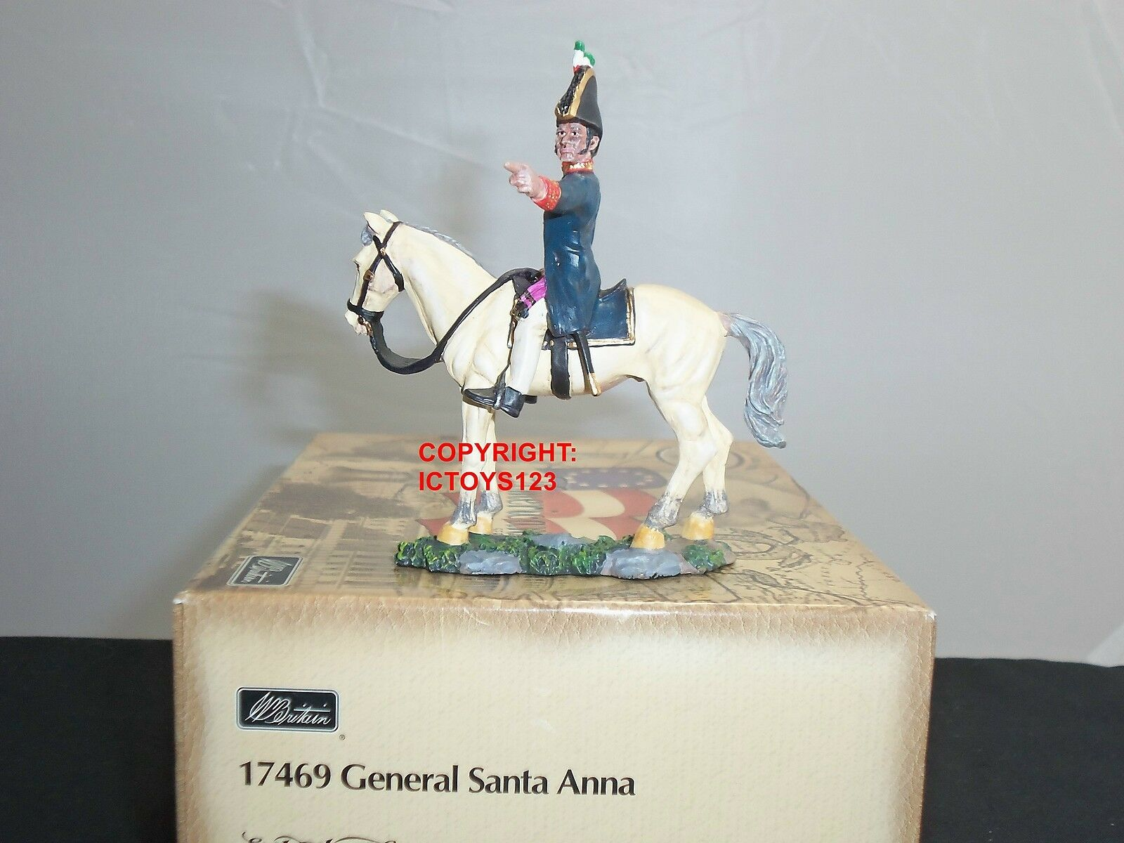 BRITAINS 17469 ALAMO GENERAL SANTA ANNA MOUNTED METAL TOY SOLDIER FIGURE
